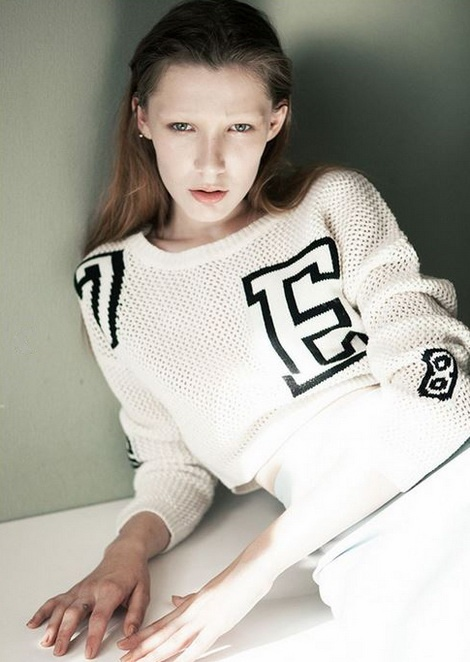Valery Shatilova is now represented by The Fabbrica (Milano)