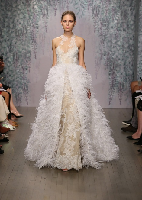 Катя Косушкина на показе Monique Lhuillier Bridal / Fall Winter 2016 (NY)