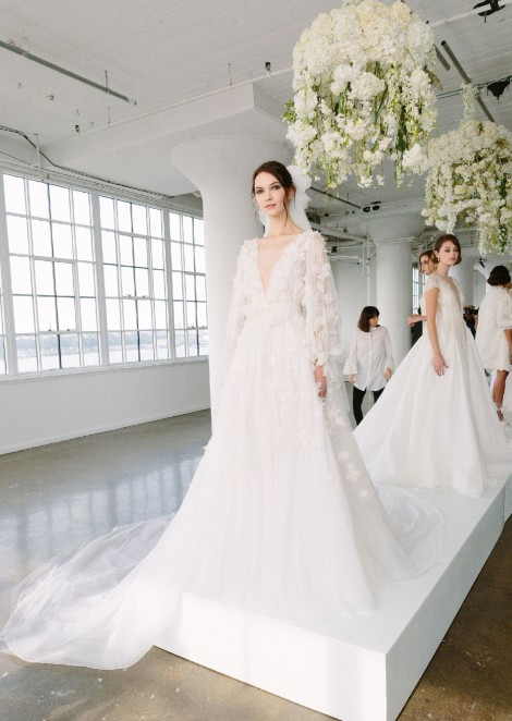 Надя Курган и Сташа Ятчук на показе Marchesa Bridal Fall 2018
